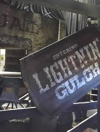 Halloween Horror Nights 2015 Parking Fee by Universal Orlando Resort U2013 Halloween Horror Nights Ghost Town