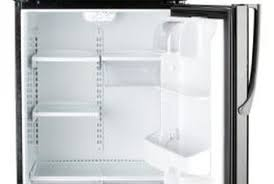 Samsung Refrigerator Leaking Water On Floor by How To Fix A Refrigerator With A Drain Pan Overfilling Home