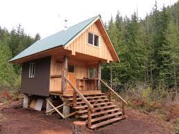 New Hut at Confederation Lake on the Sunshine Coast Trail