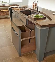 10 qm zimmer einrichten küchenschrank mülleimer kochinsel