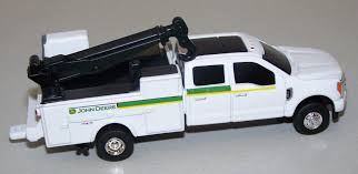 100 Service Truck 45588 164 John Deere Dealership Ford F350 Action Toys