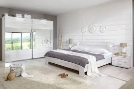 chambre complete blanche chambre moderne adulte blanche idées décoration intérieure