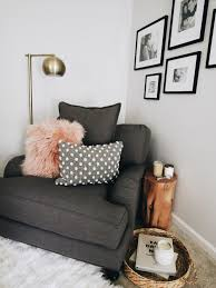 Living Room Corner Seating Ideas by Best 25 Big Chair Ideas On Pinterest Big Comfy Chair Comfy
