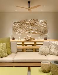 treibholz deko im modernen interior strandvilla in kalifornien