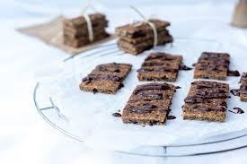 veganer low carb müsliriegel gesunder snack für gute nerven