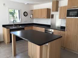 cuisine bois plan de travail noir cuisine chene clair plan travail noir 2017 et cuisine chene massif