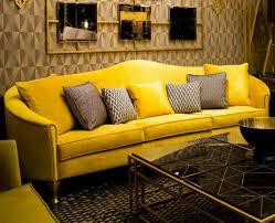 casa padrino luxus barock samt sofa gelb gold 280 x 90 x h 100 cm edles wohnzimmer sofa mit dekorativen kissen barock wohnzimmer möbel luxus