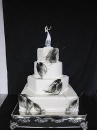 Black peacock feather wedding cake Danville Country Club Danville