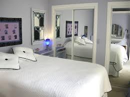 10 Rooms Featuring Sliding Mirror Closet Doors