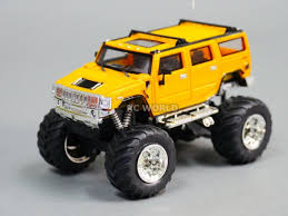 100 Monster Trucks Rc RC 143 Radio Control RC Micro Truck HUMMER W LED Lights