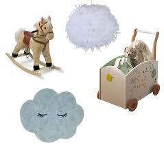 chambre bébé nuage inspirations idées déco pour une chambre bébé nature et poétique