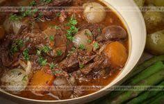 cuisine z makaron z cukinią i pomidorami przepisy kulinarne