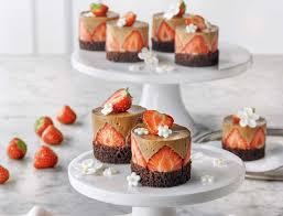 kleine erdbeer schoko törtchen