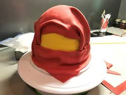 lego ninjago cake tutorial himbeergelb