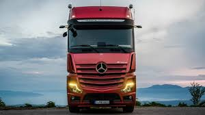 100 New Mercedes Truck Actros Is More Efficient Replaces Mirrors With Cameras