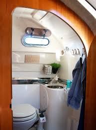 diy so wird das bad auf dem boot praktisch und wohnlich
