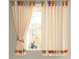 deco rideaux chambre quel rideau pour une chambre d enfant décoration