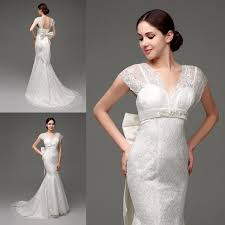 2015 Mermaid Lace Wedding Dresses In Stock Cap Sleeves Backless