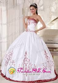 White And Wine Red Quinceanera Dress With Embroidery Decorate Ball Gown On Satin For Sweet 16 In La Plata Argentina Style PDZY535FOR