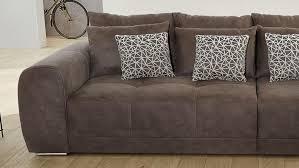 big sofa moldau in microfaser braun mit kissen