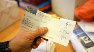 si e la banque postale lourde amende pour onze banques françaises