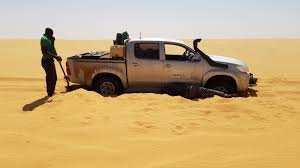 100 Toyota Truck Wiki File Hilux Stuck In The Sand In The Middle Of The Sahara