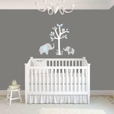 stickers décoration chambre bébé chambre enfant idée déco chambre bébé motifs éléphants gris clair