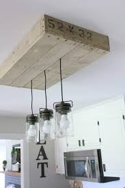 How to Build a Pallet Light Box for your Kitchen Island