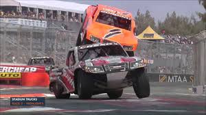 Stadium Super Truck - Race 2 Highlights - YouTube