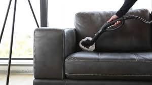 enlever odeur canapé cuir nettoyer un canapé en cuir nettoyage d un canapé dwého