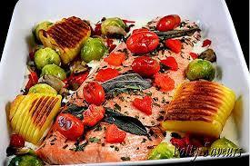 cuisiner filet de saumon recette de filet de saumon au four légumes sautés