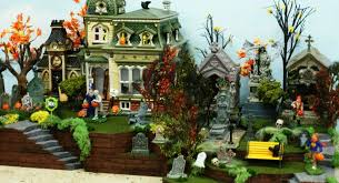 Lemax Halloween Village Displays by Dept 56 Lemax Halloween Village Display Platform 27 U201dl St Louis
