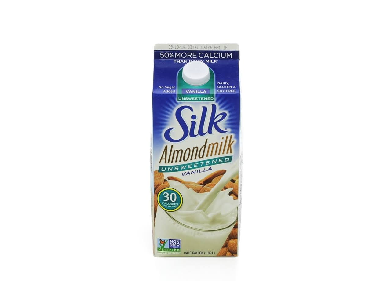 Silk Unsweetened Vanilla Almondmilk - 1/2 Gallon