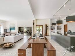 luxuriöse villa auf mallorca mit garten und infinity pool