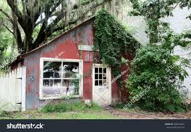 Old Red Barn House Florida Stock Photo 596014694 - Shutterstock Southern Crossing Antique Mall Jacksonville Florida Consignment Barn Antique Mall Primitive Longleaf Lumber Reclaimed Red White Oak Wood Best 25 Antiques Road Trip Ideas On Pinterest New Mexico The Old Home Facebook Washington Wedding Venues Reviews For 454 2271 Best Barns Renovated Images Country 15 Flea Markets In Crazy Tourist Uptown Vintage Market Uptown Stable Decor Shipping Your Company 1 Site Sale