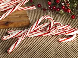 Cubicle Decoration Themes In Office For Christmas by 40 Office Christmas Decorating Ideas All About Christmas