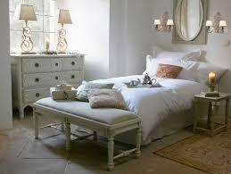 romantisches schlafzimmer im bild kaufen 12337103