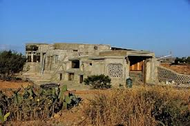 A New Mexico Earthship Home