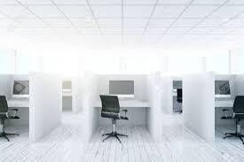 lumiere bureau vue de de l intérieur du bureau de coworking lumière avec des