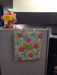 Cute Ways To Decorate Cubicle by 20 Creative Diy Cubicle Decorating Ideas Cubicle Birthdays And