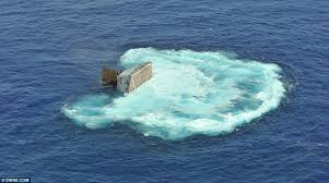 Uss America Sinking Photos by Dramatic Moment U S Navy Ship Is Sunk By Torpedo From Australian