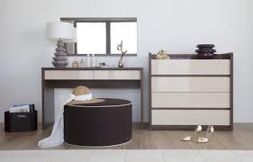 coiffeuse de chambre pour femme un beau meuble pour raviver la chambre leroy decoration