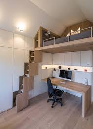 kleines jugendzimmer mit dachschräge