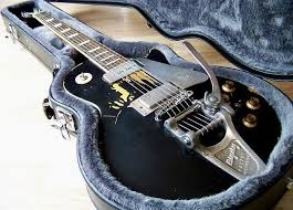 Neil Young OLD BLACK Gibson Les Paul Standard Gold Top