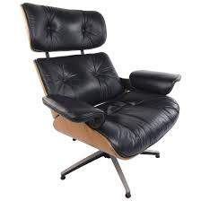 Vintage Modern Eames Style Swivel Lounge Chair For Sale At 1stdibs Eames Style Lounge Chair Thebricinfo Eames Style Lounge Chair And Ottoman Black Leather Palisander Ottomanwhite Worldmorndesigncom Charles Specialist Hans Wegner Replica The Baltic Post And Brown Walnut Afliving Eames 100 Aniline Herman Miller Century Reproduction 2 Plycraft Style Lounge Chair Ottoman