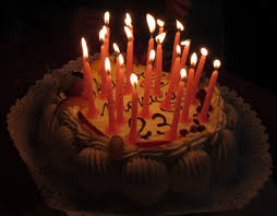 File Italy birthday cake with candles 4