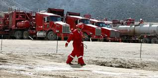 Cheney's Halliburton Loophole Sucks Power From EPA To Regulate ... Halliburton Truck Driving Jobs By Mekelipeter Issuu Kenworth Loxton Sa Jerome Taylor Flickr Top 10 Private Fleets In The Us And World Loadtrek Truck Driving School Eastbootroad Gezginturknet July 29 2010 Red Tiger Update View From Farm Revving Pumps Up Youtube Nitrogen Services Cheneys Loophole Sucks Power Epa To Regulate Ertl 2928 134 1931 Hawkeye Tanker Bank Novyy Urengoy Russia February 24 2013 T800