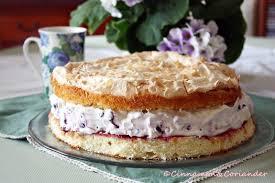 blaubeer schmand torte mit baiser