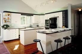 kücheninsel und halbinsel gestalten praktische ideen