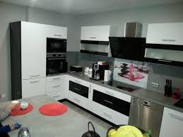 küche form l mit kochinsel hochglanz farbe sch weiß